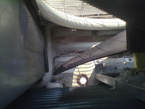 Чистка дренажного поддона внешнего блока кондиционера